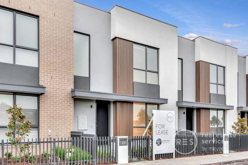 Brand new 3 bedrooms home in Woodlea Estate