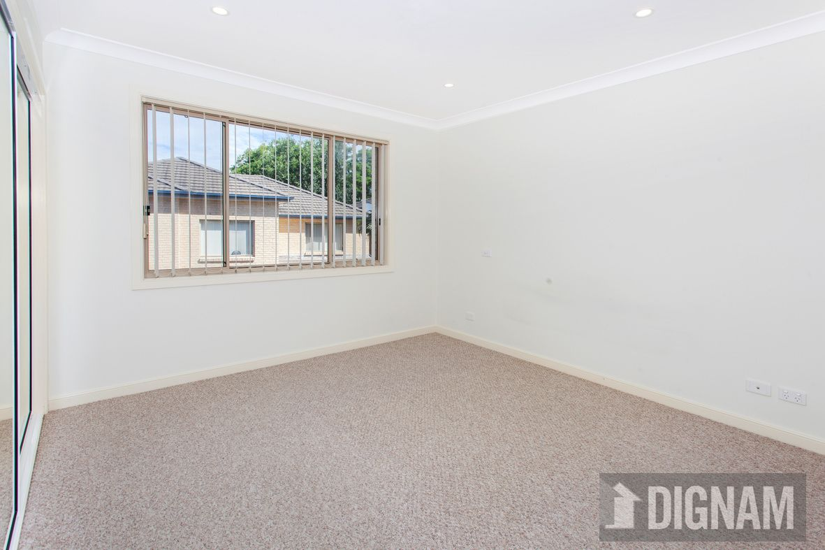 18/14 Raymond Road, Thirroul NSW
