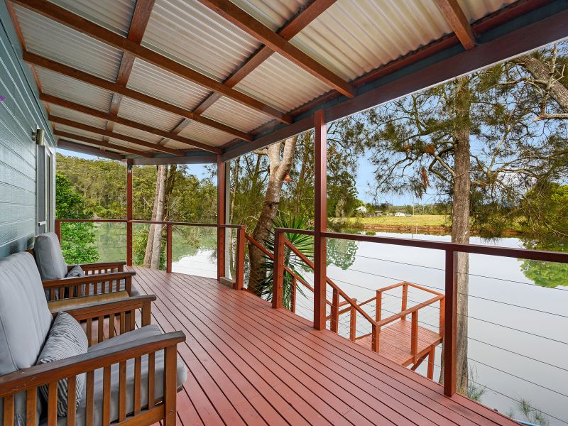 Rare Absolute Waterfront Relocatable