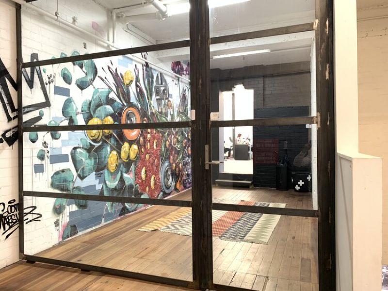 Great first floor office / studio !
