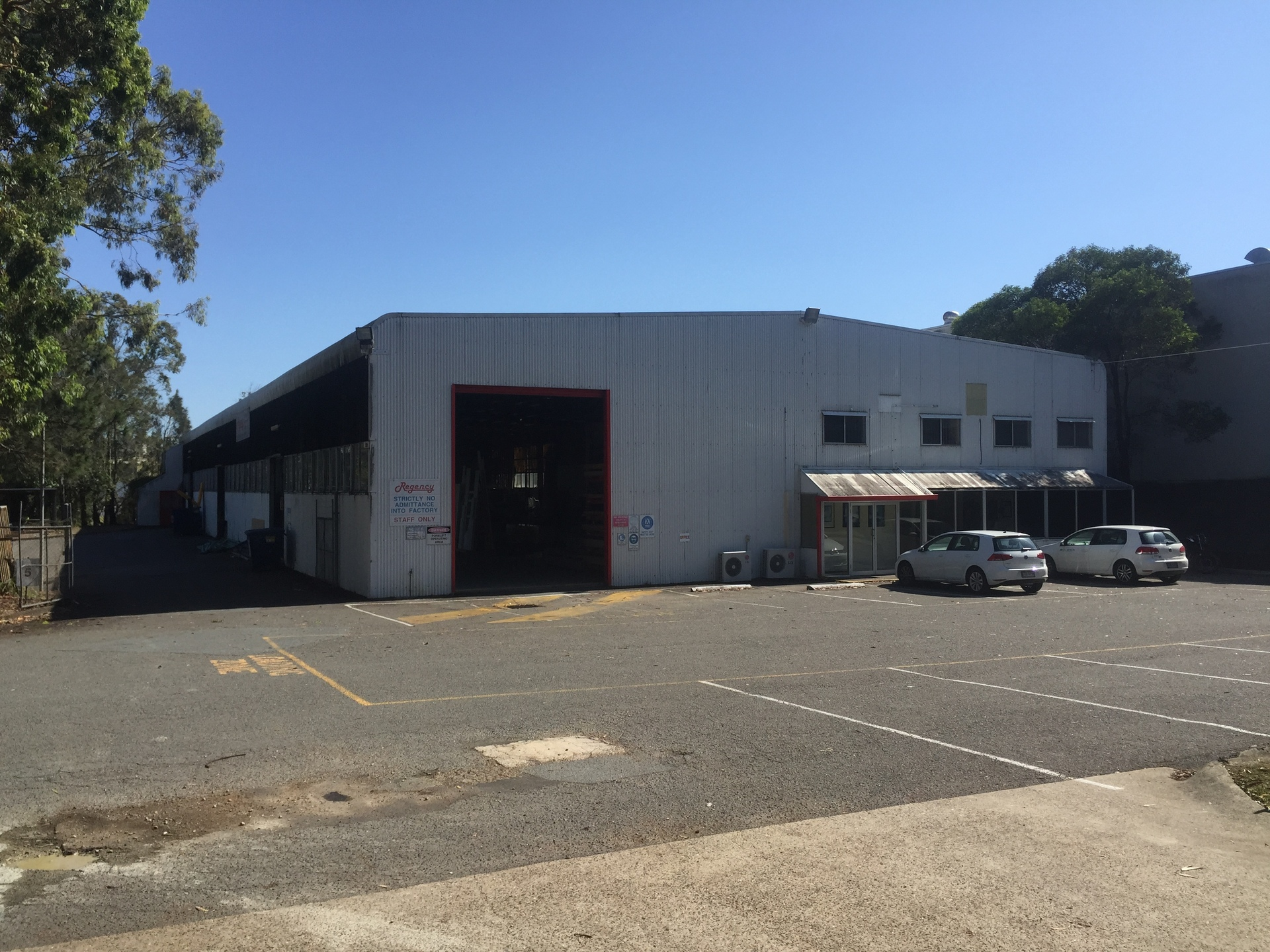 Dual Building Opportunity – Main Road Frontage!