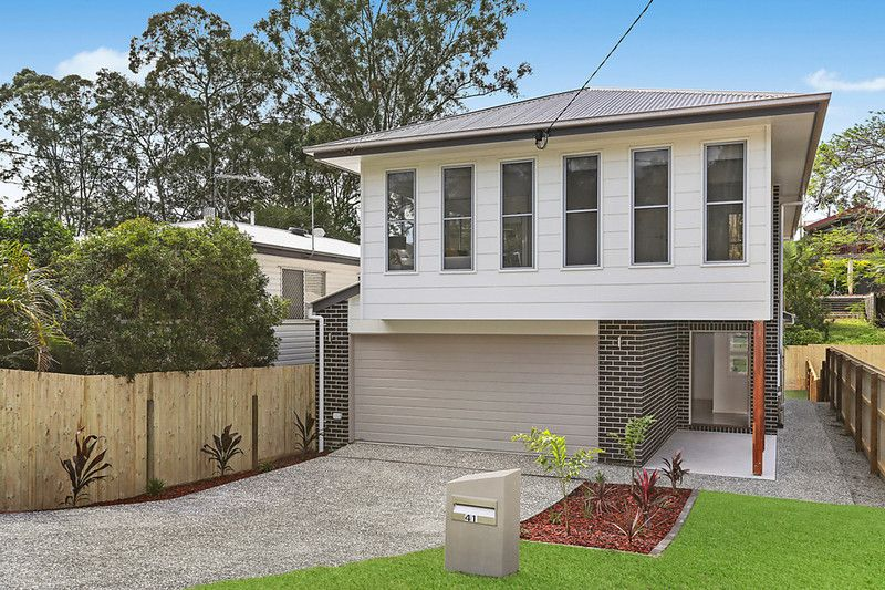 Brand new family home with superb indoor/outdoor entertaining