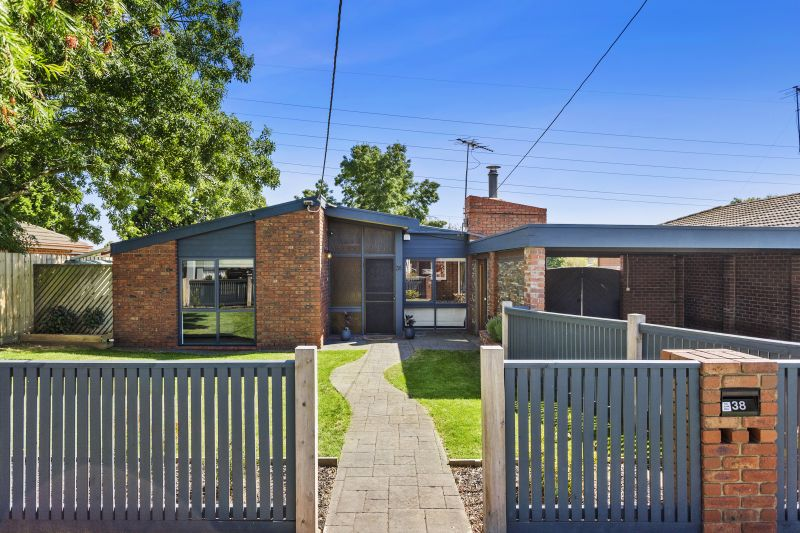38 Greenville Drive, Grovedale