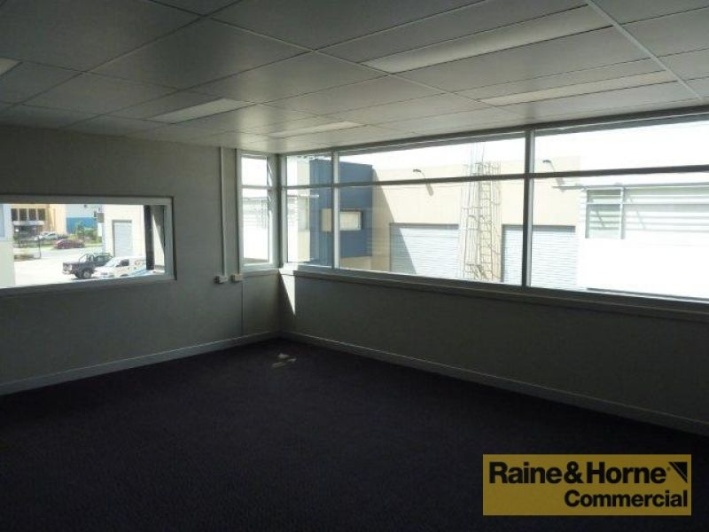 205sqm Multi-functional Unit with Two Street Access