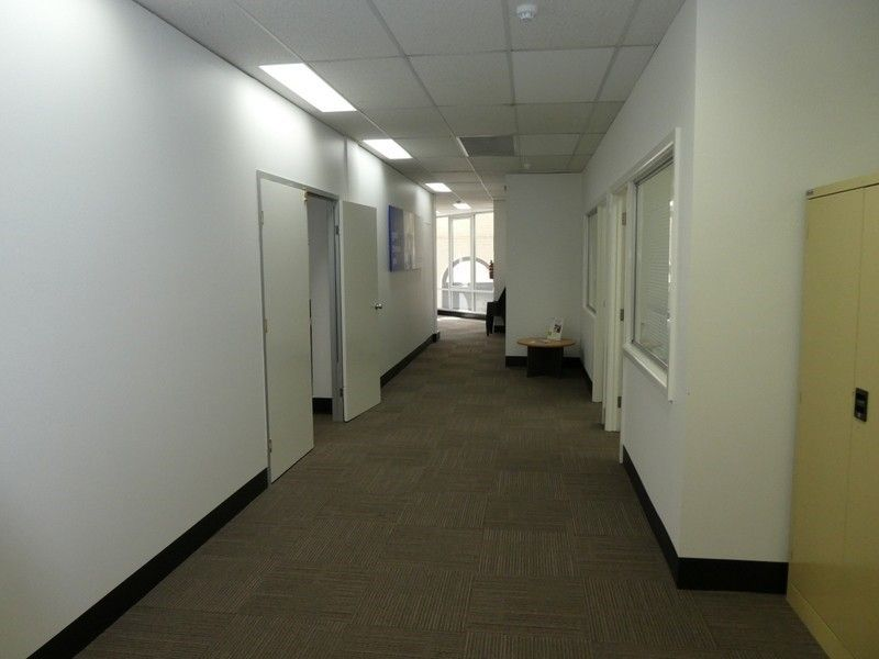 Central Offices - Professional & Bright