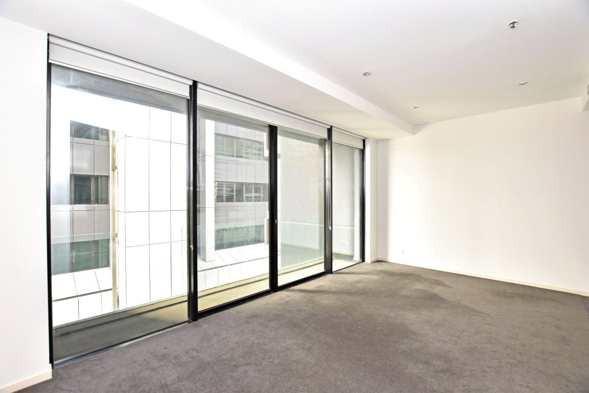 Liberty Tower: One Bedroom Apartment in the Heart of Melbourne!