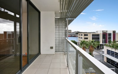 Light Filled Studio in the Heart of Darling Harbour