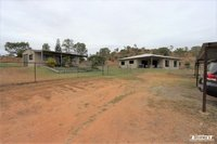 4 BED - 3 BATH - SHED - 2.5 ACRES
