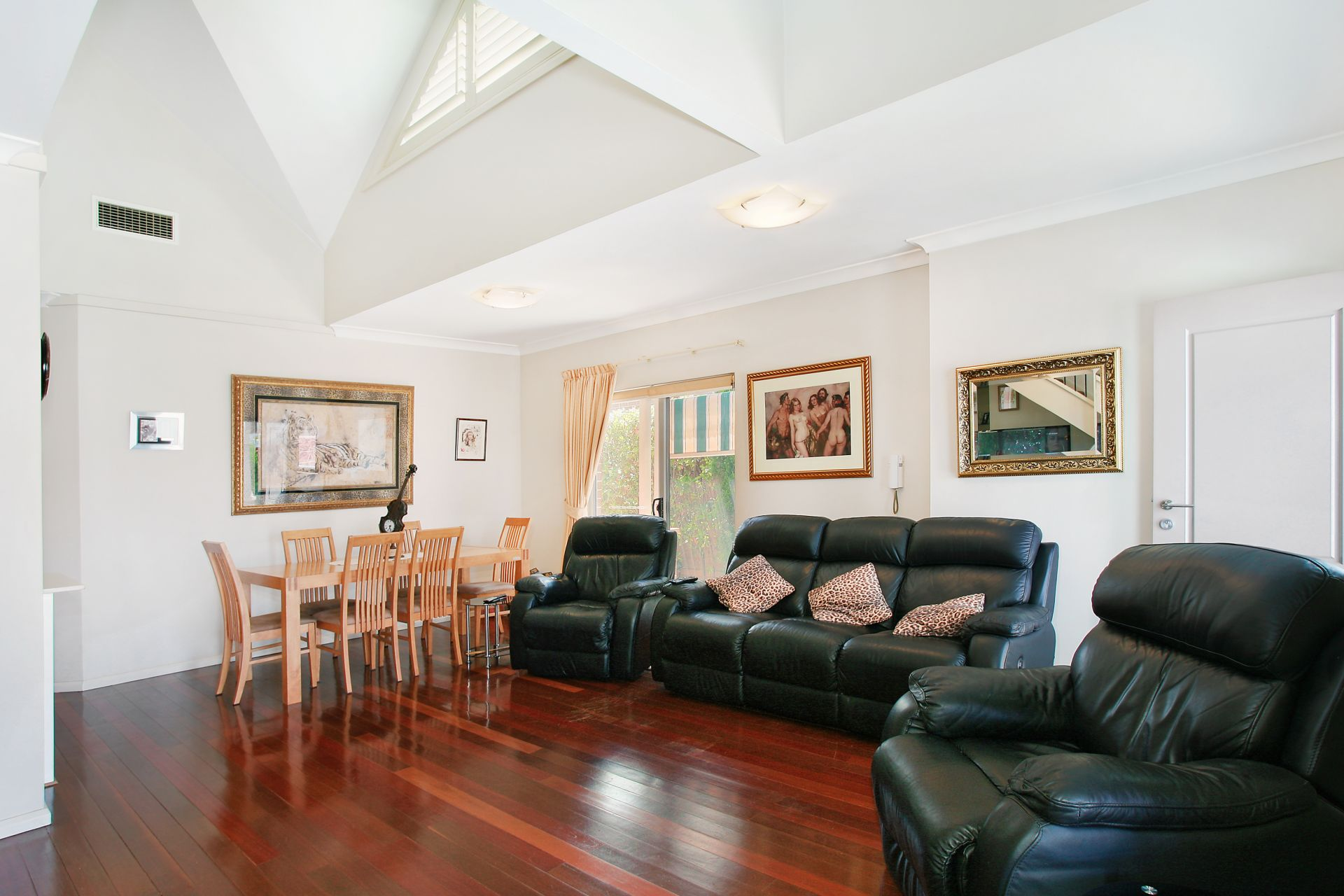 2/114-116 Kings Road, Five Dock NSW