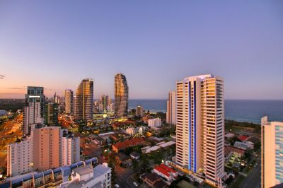 Amazing Beach & City Views From High Level!
