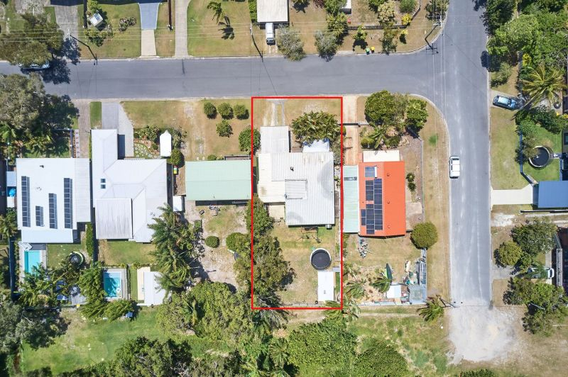 For Sale By Owner: 4 Kurrajong Avenue, Bogangar, NSW 2488