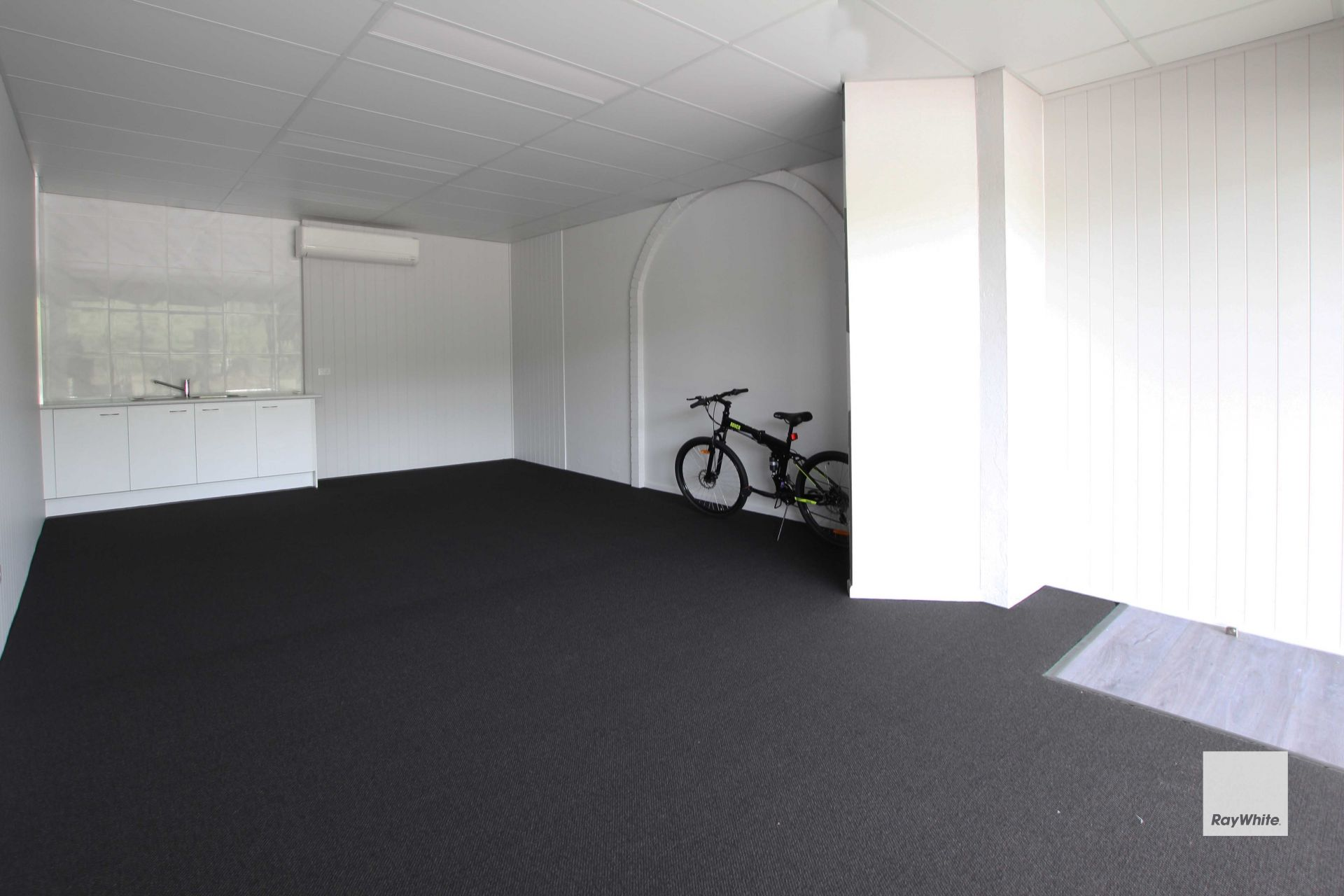 High Exposure Premises with Quality Fitout