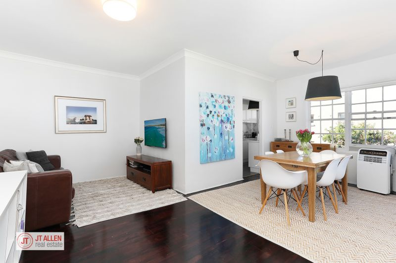 Beautiful & Bright 2 Bedroom Apartment With Ocean Views
