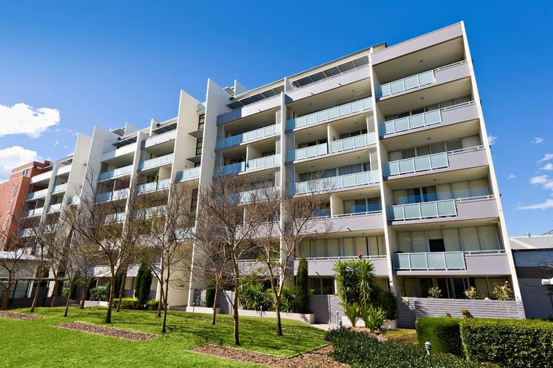 SOLD: Modern 1 Bedroom Unit in Convenient Location!!!