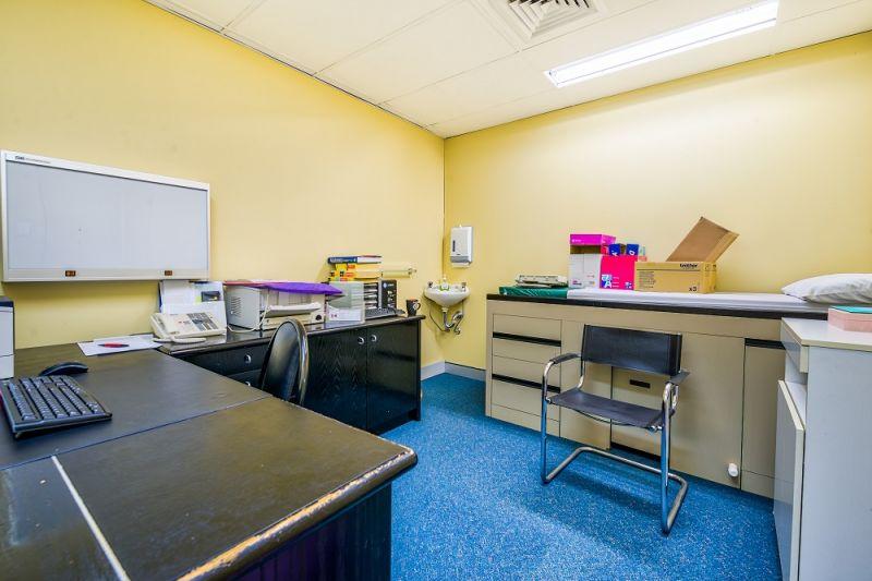 PRICE REDUCTION! : 74sqm* Medical Suite, Sunnybank