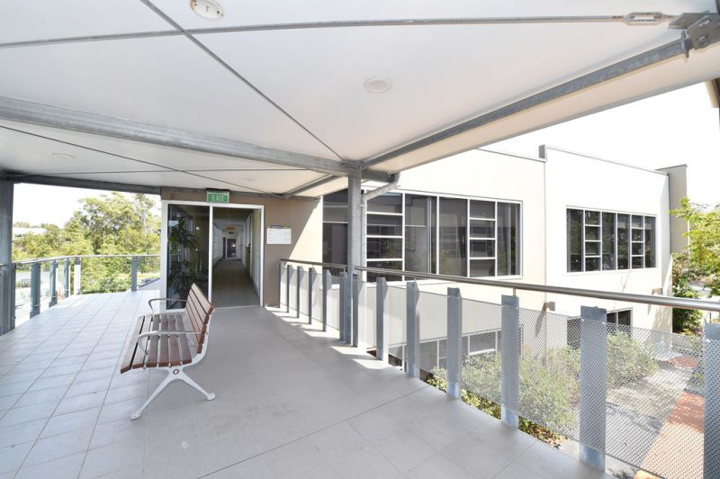 Serviced Office Space At Noosa Boardroom