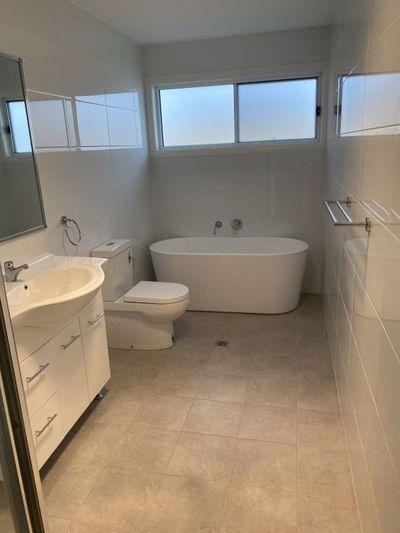 Brand new 3 bedroom home on 805sqm block