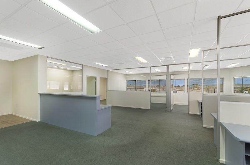Prominent Freestanding Office & Warehouse