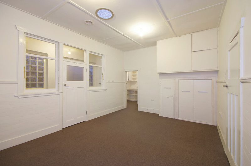 1st Floor, 216 Pakington Street Geelong West