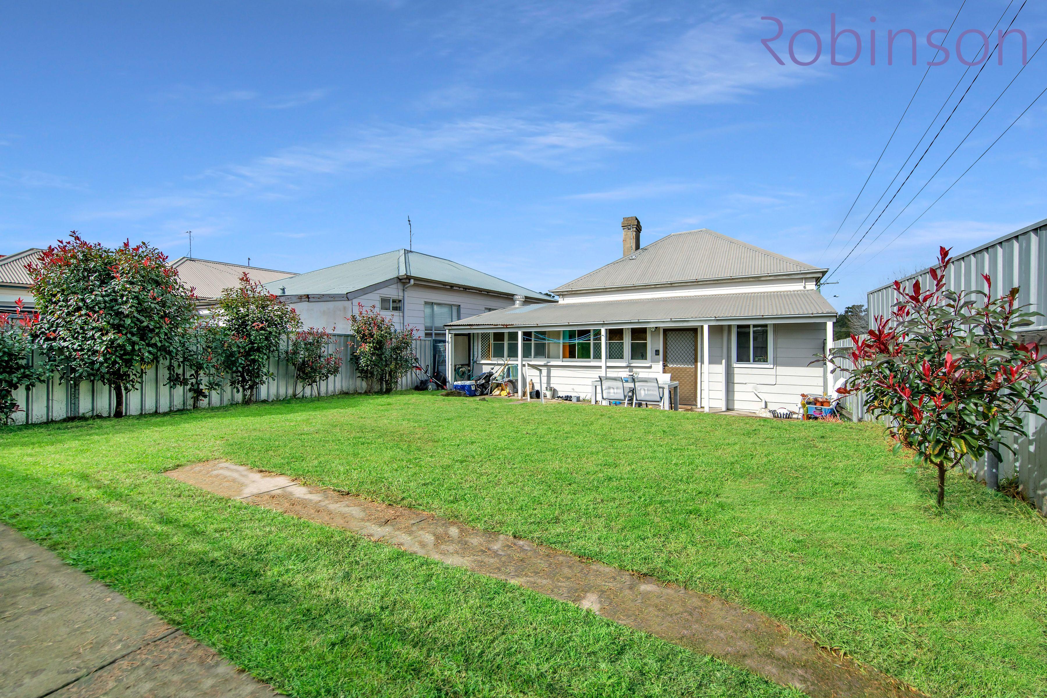 158 Gosford Road, Adamstown