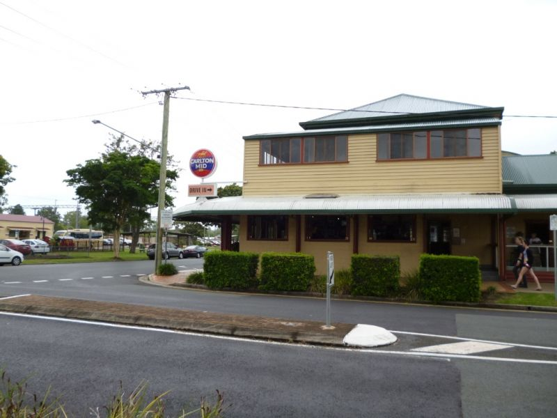 Affordable Office/Retail Opposite Landsborough Train Station