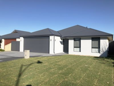 BRAND NEW CLASSIC FAMILY HOME