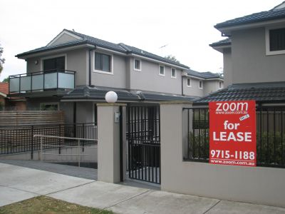 DEPOSIT TAKEN - BY ZOOM RE | FABULOUS TOWNHOUSE READY TO CALL HOME!