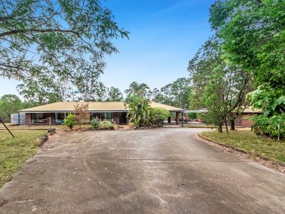 6.7 ACRE LIFESTYLE BLOCK 5 MINUTES FROM IPSWICH CBD