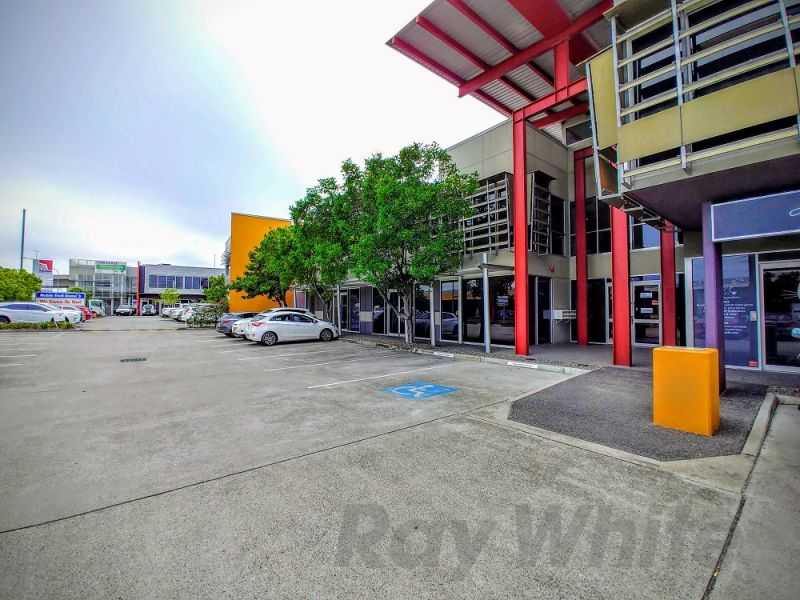 235sqm* GROUND FLOOR OFFICE/ RETAIL SPACE ON NUDGEE RD