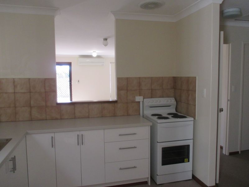 WELL MAINTAINED VILLA IN SMALL GROUP OF FOUR