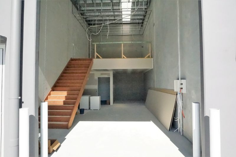 84sqm* BRAND NEW OFFICE/ WAREHOUSE