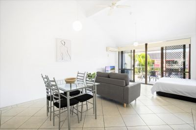 Well Situated Furnished Unit- Newly Renovated
