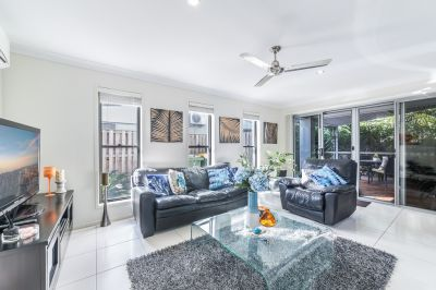 NO BODY CORP- Boutique stand-alone townhouse, walk to Chrin Park!