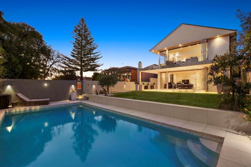 9 Lancaster Road, Dover Heights