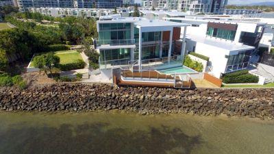 Stunning North-to-Water Beach House