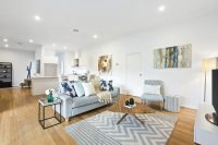 Townhouse Luxury in the Vermont Secondary Zone