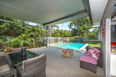 A Private Sought After Location, Walk to Beach, Light Rail, Welcome to Florida Gardens
