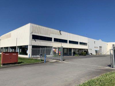 Quality Showroom/Warehouse