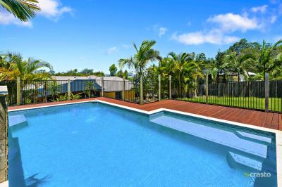 Lifestyle retreat on huge 903 sqm block ideal for a retiree or young family in The Observatory!