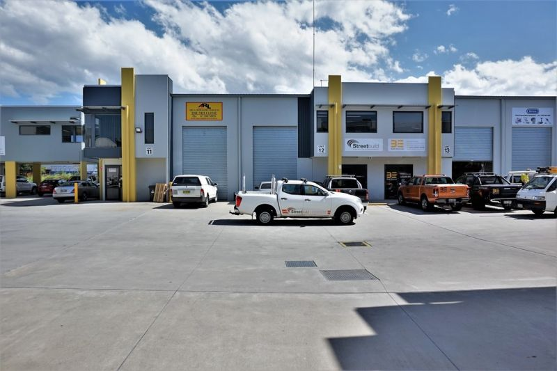 182sqm* AFFORDABLE HEMMANT OFFICE / WAREHOUSE