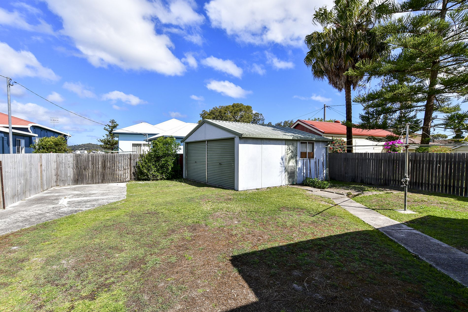 32 North Burge Road Woy Woy 2256