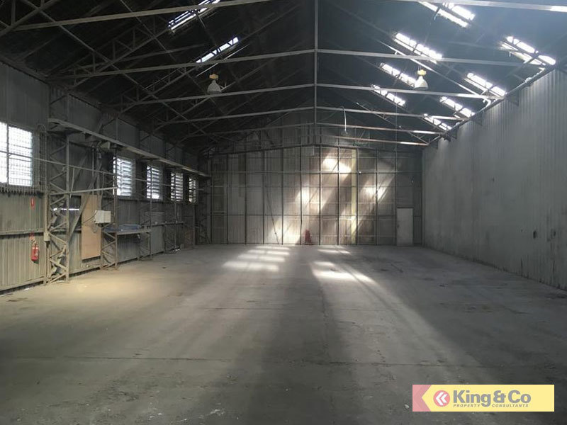 FLEXIBLE WAREHOUSE - CLOSE TO IPSWICH ROAD