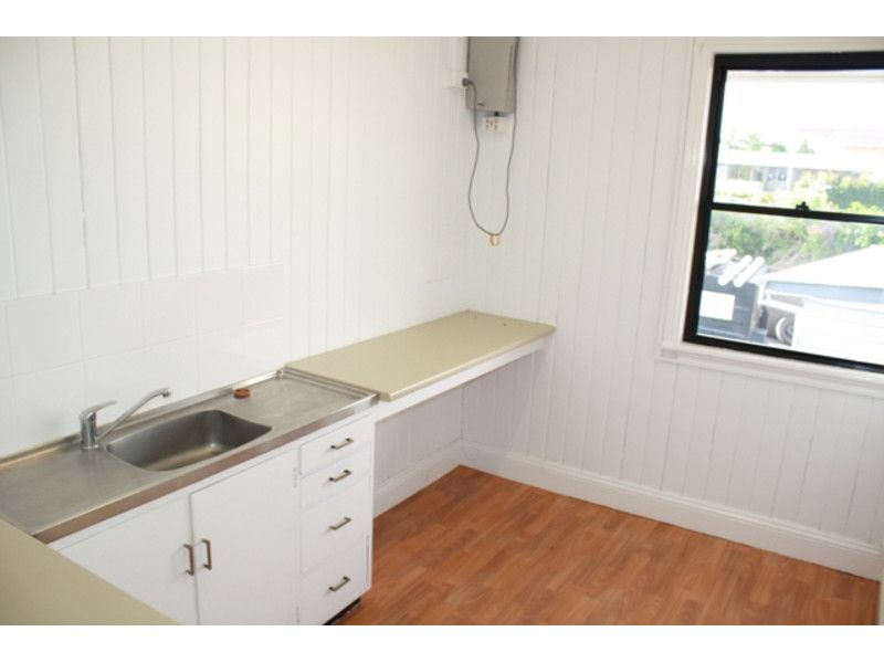 OFFICE SPACE OF 54M2 AVAILABLE IN ANNERLEY