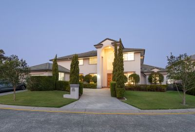 Massive Waterfront Residence in the Exclusive 'Surfers Waters' Estate
