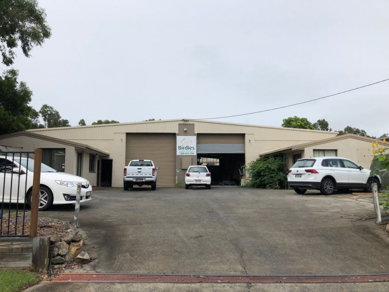 LARGE FREESTANDING INDUSTRIAL PROPERTY