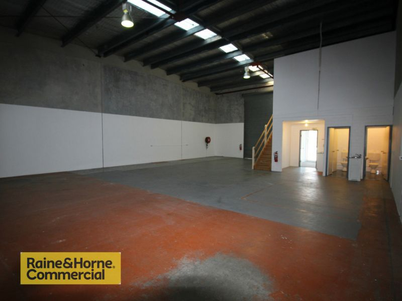 West Gosford Warehouse - Exceptional Value