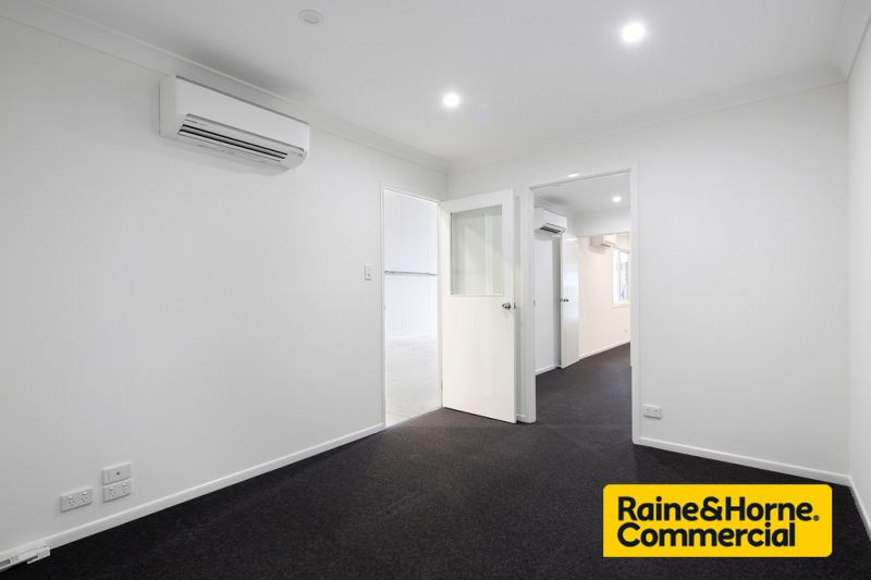 Price Reduced - Refurbished Unit, Great Location, Ready to Go!