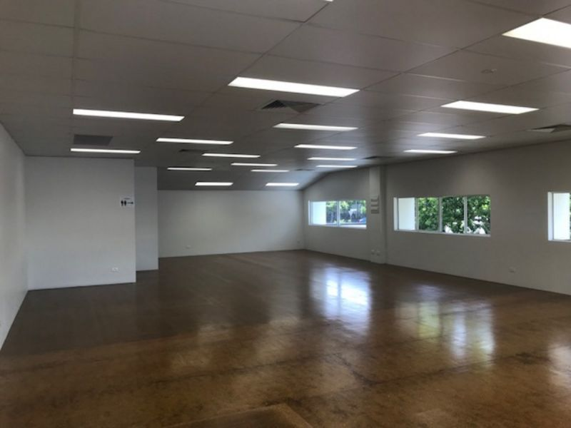 Modern Office Space in great New Farm location