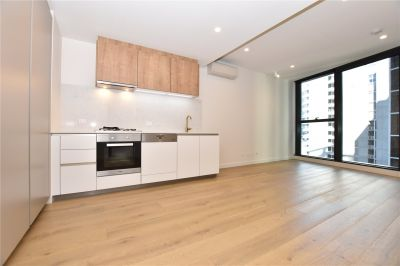 Conservatory: 20th Floor - Brand New Two Bedroom Apartment Close to Everything!