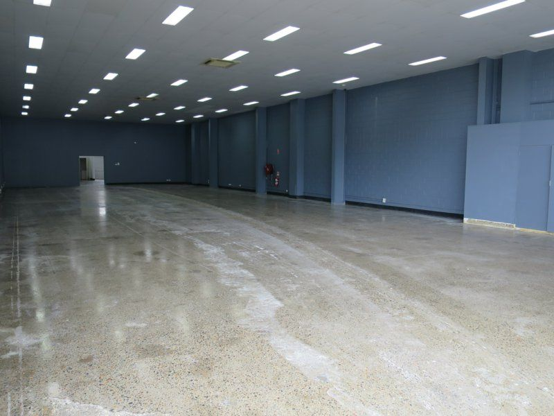 595sqm Airconditioned Showroom